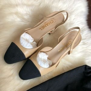 Chanel Slingback ! Like New Condition!